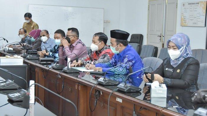 Anggota DPRD Tabalong Datangi DPRD Kalsel untuk Pertanyakan Bendungan Sungai Kumam