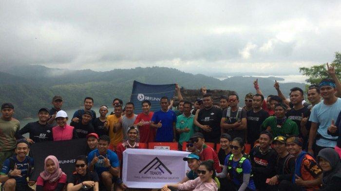 SB Runners Kalsel Puas Kelilingi Bukit Matangkeladan