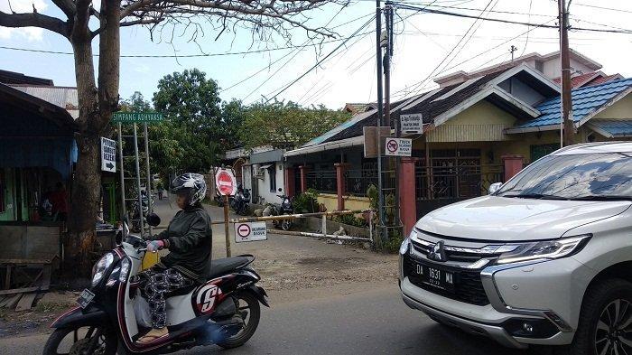 Kabar Gembira! Portal Jalan Simpang Adhiyaksa Banjarmasin Sudah Dibuka Separuh, Ini Kata Warga