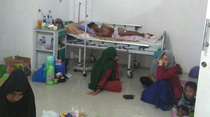 Belasan Warga Diduga Keracunan Nasi Bungkus,  Camat Kusan Hilir :  Sekarang Kondisi Pemulihan
