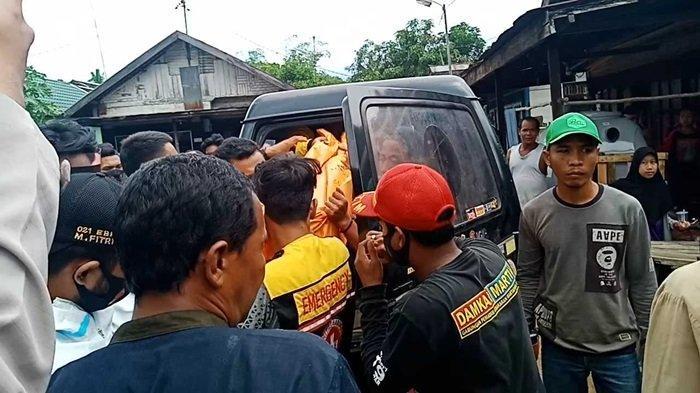 Evakuasi korban tewas tenggelam di Desa Astambul Kabupaten Banjar