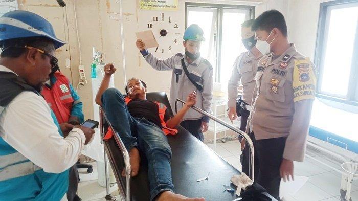 Pekerja Perbaiki Kabel PLN Tersengat Listrik di Sungai Tabuk Kabupaten Banjar