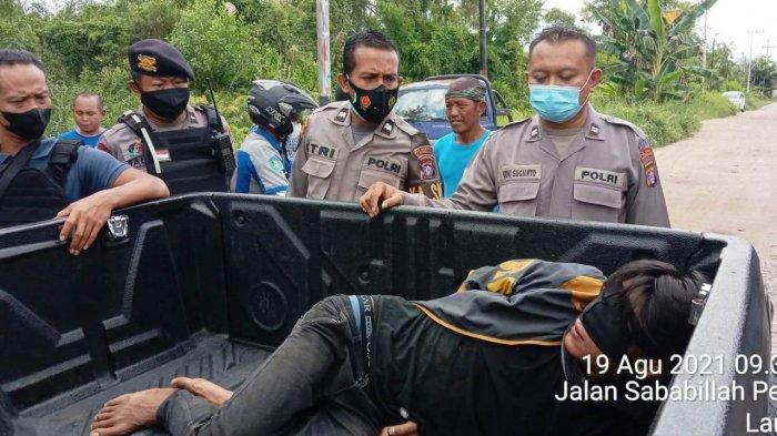 Warga Perumahan Citra Regency Palangkaraya Amankan Pria Diduga Ingin Merampok