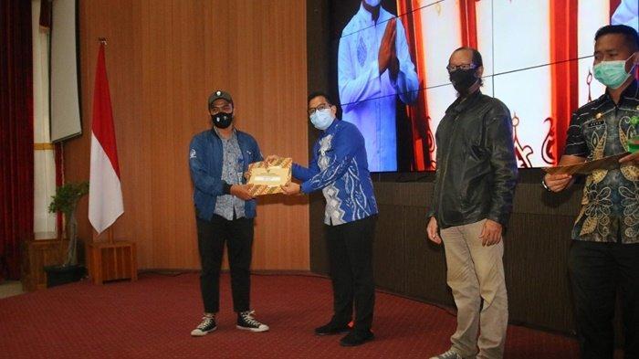 Jadi Foto Terfavorit Pilihan Walikota Banjarbaru, Jepretan Kru Media Center Banjar Raih Penghargaan