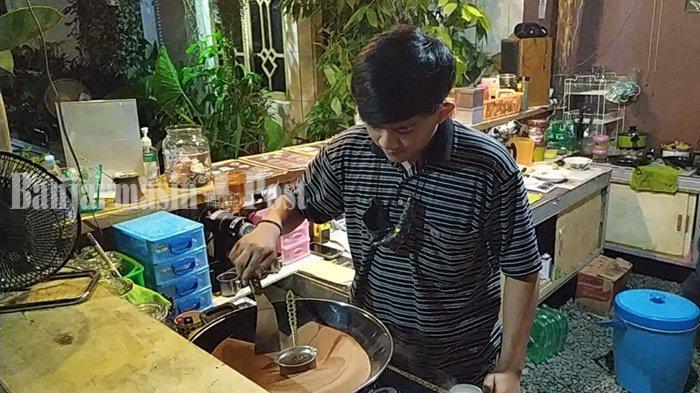 Kuliner Kalsel, Ngopi Pagi Hari di Warung Karoma Banjarbaru Bisa Dapat Roti Kukus Gratis