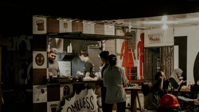 Kuliner Kalsel, Pilihan Menu Burger Serta Pilihan Makanan Lain Ala Homeless BDJ