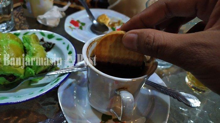 Kuliner Kalsel, Menikmati Menu Duet Maut di Warung Kopi Karoma Banjarbaru