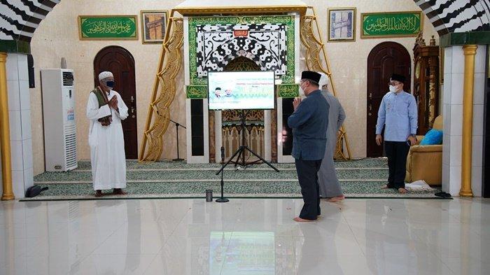 Dikunjungi Bupati HSS Jelang Ramadhan, Ustadz Ahmad SyairaziHarapkan Santunan Anak Yatim Dgalakkan
