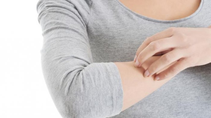 Gejala-gejala Covid-19 Tak Cuma Demam & Batuk, Perhatikan Juga Ruam & Gatal