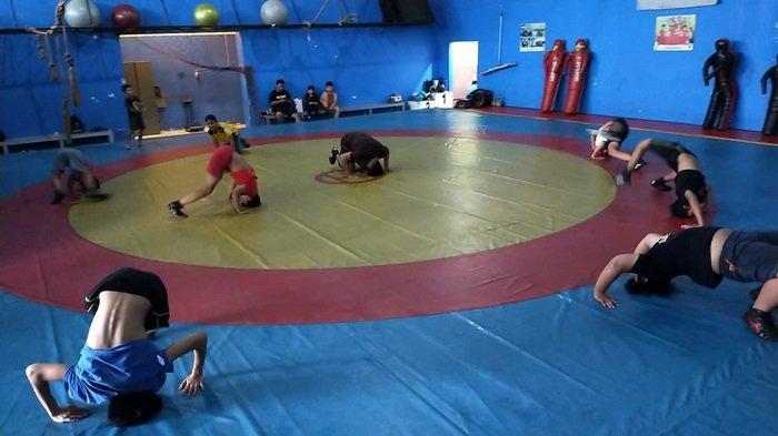 Cabor Gulat Banyak Digandrungi Anak-anak dan Remaja Banjarmasin, Begini Serunya Latihan
