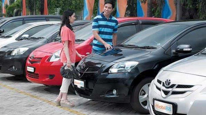 Konsumen mobil88 yang mencari mobil bekas. Lelang Mobil Bekas Murah harga Rp 60 Jutaan ada di Tempat Ini