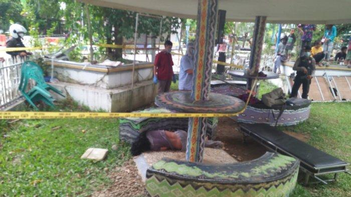 Lokasi penemuan mayat di Lapangan Lambung Mangkurat Kandangan, Hulu Sungai Selata, Kamis (17/6/2021) .