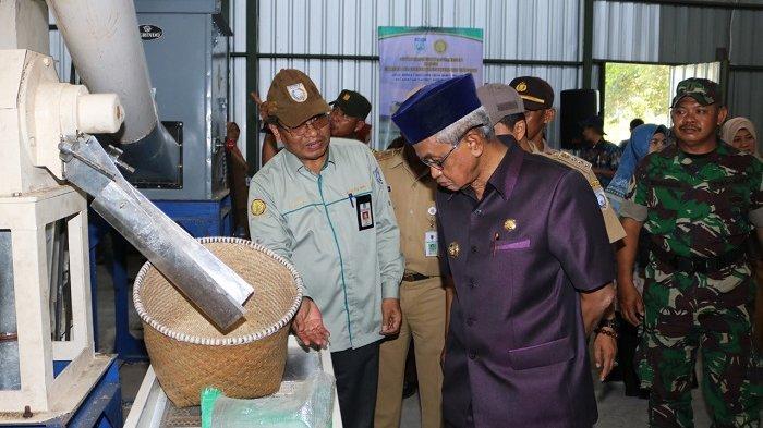 Launching Beras Kemasan, Bupati H Khalilurrahman Harapkan Perubahan Pola Usaha Tani di Banjar