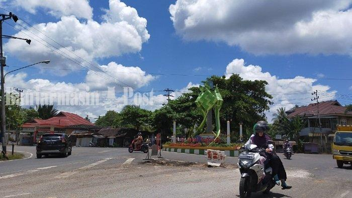 Sebulan Ditambal, Jalan HM Yusi di Kota Kandangan Kembali Berlubang-Lubang