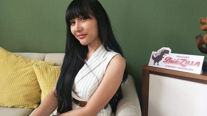 Heboh Lucinta Luna Datangi Klinik Bayi Tabung Saat Teman Vanessa Angel Itu Kunjungi Malaysia