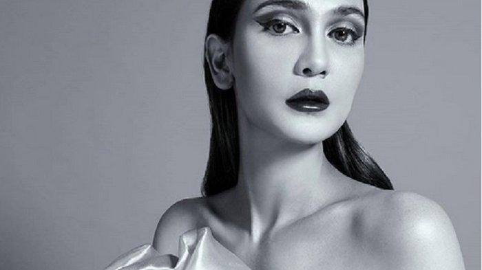 Goyangan Luna Maya di Tengah Lautan Terekam, Aksi Juri Indonesias Next Top Model Disorot