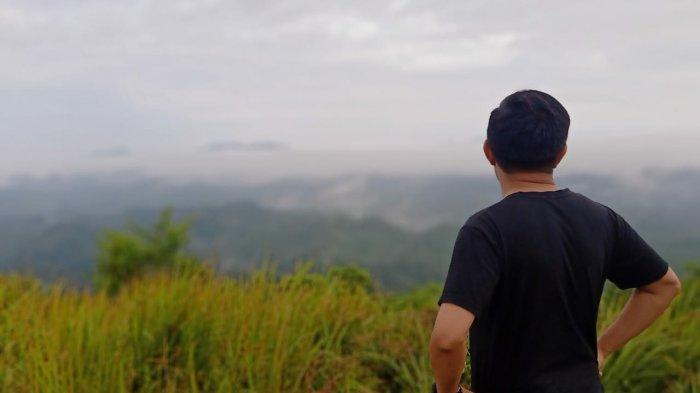 KalselPedia - Lima Bukit Tujuan Wisata di Kalimantan Selatan