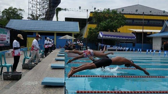 Popda Kalsel 2021, Perenang Banjarmasin Sabet Medali Emas pada 100 meter Gaya Punggung