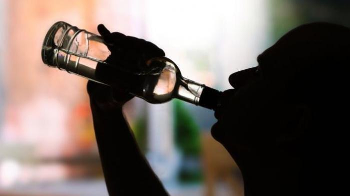 7 Macam Mitos Minuman Beralkohol yang Beredar di Masyarakat yang Tidak Benar, Bukan Cegah Muntah