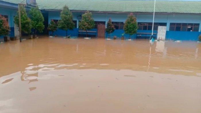 Hujan Deras Guyur Banjarbaru Kalsel, Kelurahan Cempaka Kembali Tergenang