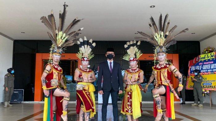 Datangi Sanggar, Peserta Didik Kalsel Belajar Seni Hingga November 2021