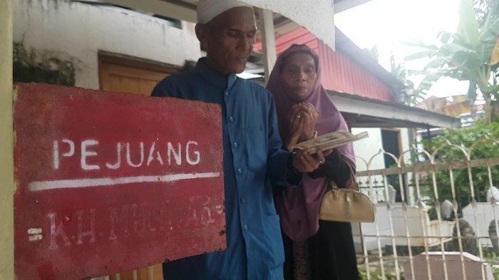Wisata Kalsel: Bergelar Guru Merdeka, Setiap Tahun Guru Muhdar Dihadiahi Zikir