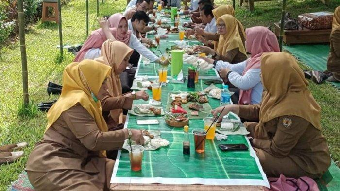Taman Baruh Bunga Kabupaten HST Kalsel Tawarkan Paket Wisata Baru