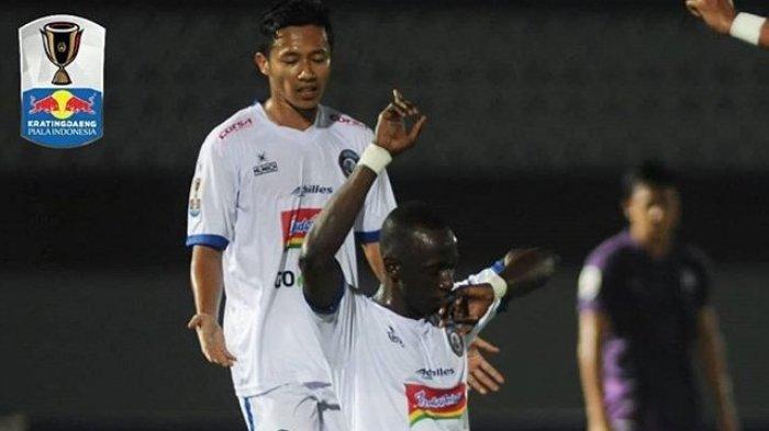 Skor Akhir 4-0! Hasil Akhir Arema FC Vs Persebaya di Liga 1 2019, Tim Singo Edan Pesta Gol