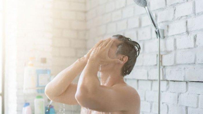 Setelah Berolahraga saat Pandemi Corona, Sebaiknya Mandi Air Dingin atau Air Panas?