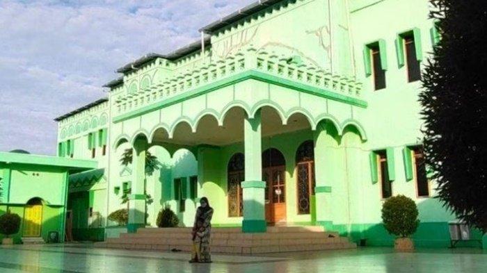Masjid Besar di Kota Barabai Gelar Salat Idul Adha 1442 H, Prokes Diawasi Ketat Panitia
