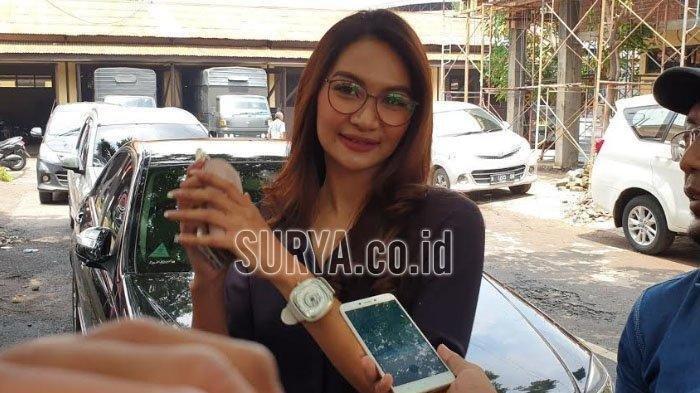 Fotonya di HP Mucikari, Finalis Puteri Indonesia Maulia Lestari Diperiksa Kasus Prostitusi Online