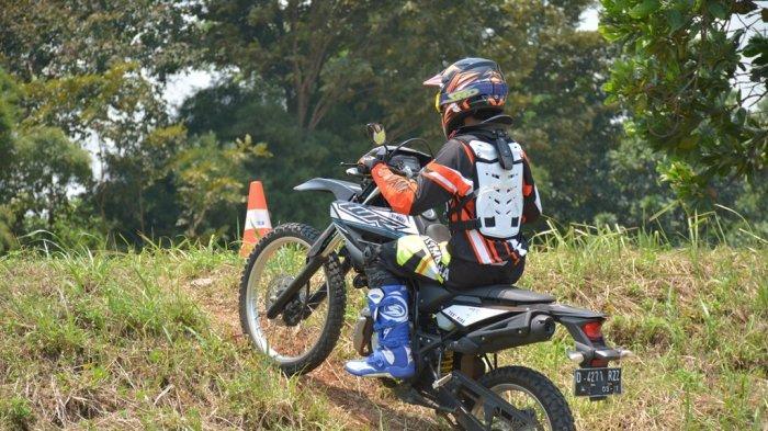 Hadapi Beragam Kondisi Jalan Saat Riding di Trek Offroad dengan Tips dari Yamaha Riding Academy