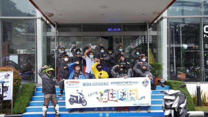Media Riding Experience Jakarta – Bogor dengan jarak lebih dari 125 km yang dikemas dalam acara Yamaha GEAR 125 ACHIEVER.
