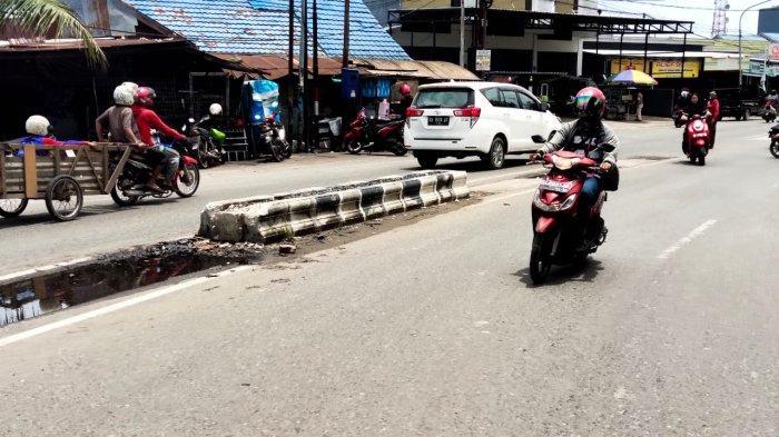 Sering Menyebabkan Kecelakaan, Pengendara di Banjarmasin Keluhkan Median Jalan Lingkar Dalam