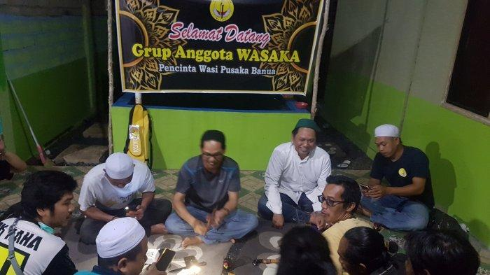 Silaturahmi ala Komunitas Wasaka Tapin, Tanyakan Tuah Koleksi Wasi