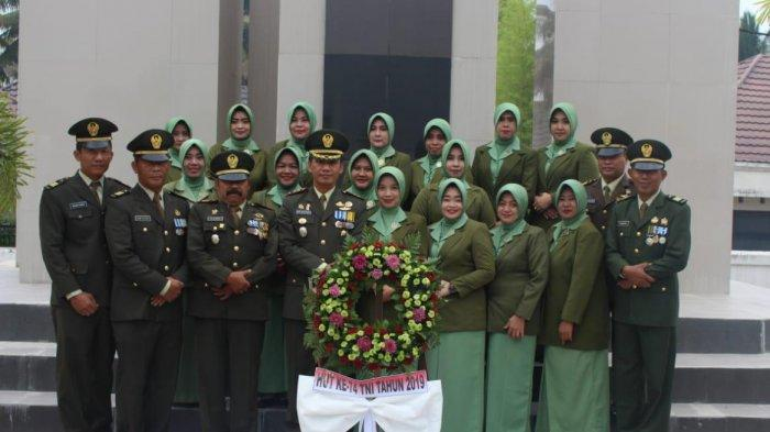 Gelar Ziarah ke Taman Makam Pahlawan, Dandim Tanjung: Warga Turut Jaga Keamanan