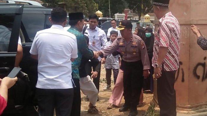 Senasib Dandim Kendari, Kopral Ini Juga Terimbas Kasus Penusukan Wiranto, Ini Postingan Istrinya