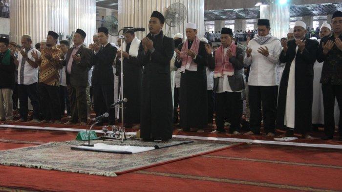 Masuk Malam ke-16 Ramadhan 2021, Rakaat Terakhir Witir Ramadhan 1442 H Pakai Doa Qunut