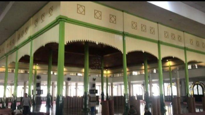 Wisata Kalsel: Masjid Agung Al Karomah, Perjalanan Spiritual di Masjid Bersejarah