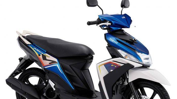Metallic Blue merupakan perpaduan warna biru dengan grafik dari kombinasi warna putih dengan warna orange dan hitam.