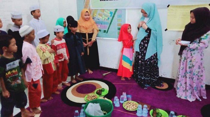 Balon Pilkada Tanbu Gelar Bansos,  Mila Karmila Santuni Anak Yatim di Angsana