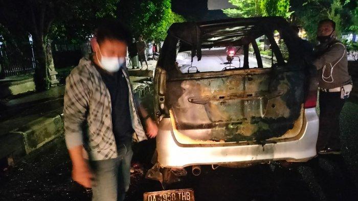 Baru Keluar Bengkel Avanza Milik Warga Kotim Terbakar di Tengah Jalan