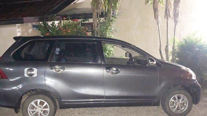 Mobil yang digadaikan tersangka NSR, tanpa sepengetahuan pemilik kendaraan, kini diamankan di Polres Tabalong, Kalimantan Selatan, Selasa (17/8/2021).