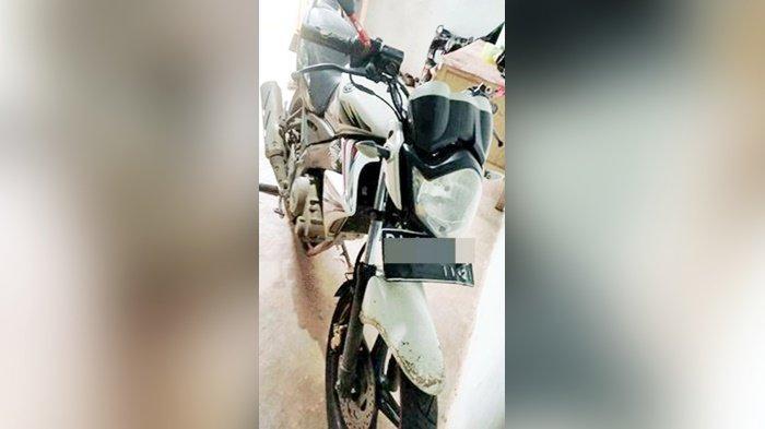 Pembawa Kabur Motor dan Uang Koperasi Ditangkap Petugas Polres Kapuas di Batubesi Banjarbaru