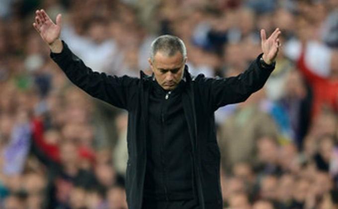 Mourinho Perintahkan Penyerangnya untuk Ciptakan Gol