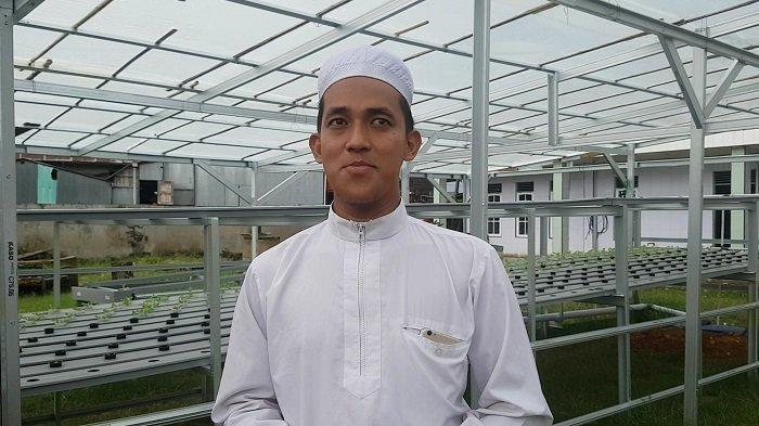 Ketika Guru Madrasah di Martapura Kalsel Budidaya Selada, Keuntungannya Buat Ini