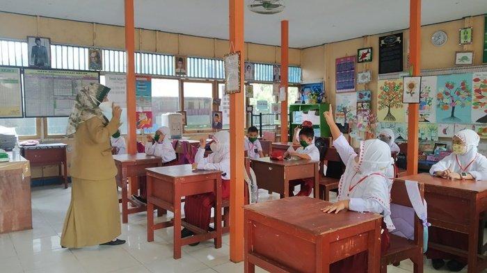 Lima Guru di SMPN 2 Alalak Terpapar Covid-19, PTM di Kabupaten Batola Tetap Berlanjut