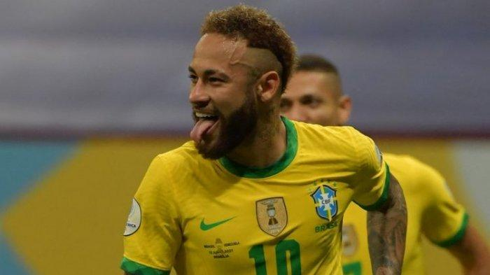 Neymar melakukan selebrasi setelah mencetak gol dalam pertandingan Brasil vs Venezuela di Copa America 2021 di Stadion Nasional Mane Garrincha, Senin (14/6/2021) dini hari WIB.