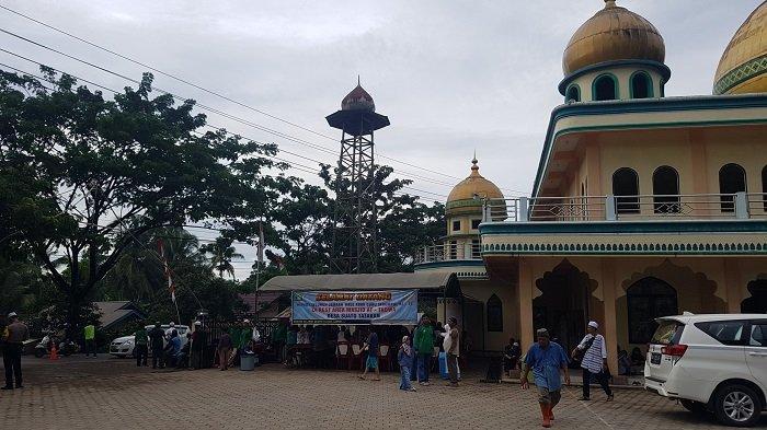 Rest Area Masjid Taqwa Desa Suato Tatakan Didukung Polsek Tapin Selatan