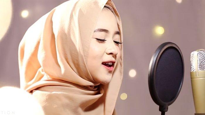 Pesona Nissa Sabyan Gambus Buat Para Bule Tercengang Saat Mendengar Lagunya